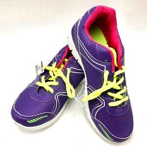 Shoes - Woman's tennis shoes size 9